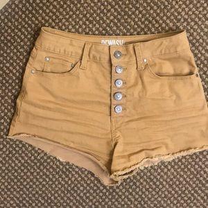 High waisted super cute shorts